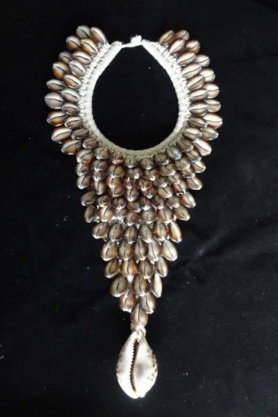 Primary image for Spectacular Shell Necklace Exotic Savage Harvest Papuan Home Decor Fashion Style