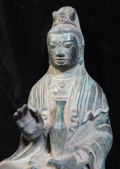 Primary image for Rare Dewi Kwan In Antique green Bronze seated on Lotus Blessing Hand Meditation