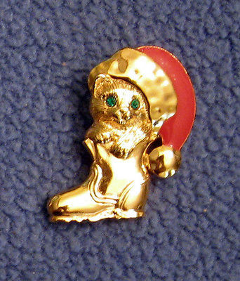 Puss in Boots VTG Cat Lapel Scatter Tack Pin Rhinestone Eyes Christmas in July