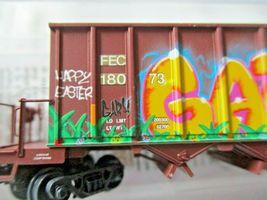 Micro-Trains # 12544140 Florida East Coast Weathered 43' Rapid Discharge N-Scale image 5