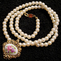 VINTAGE Victorian Style PORCELAIN ROSE & Faux Pearl Bead NECKLACE Nickel... - $29.65