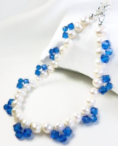 White freshwater pearl bracelet blue swarovski faceted crystals 8 inch 4b8014b2 1