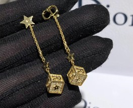 AUTH Christian Dior 2019 LUCKY SQUARE STAR EARRINGS DANGLE DROP CRYSTAL GOLD image 6