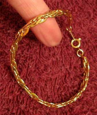 Primary image for NEW w/o Box Bracelet 1982 POLISHED SILHOUETTE Gold Plated Chain Link Nickel Free