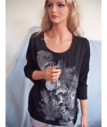 MEDIUM 8 10 T-Shirt Pullover Silver STUD GRAY SILVER BLACK FLORAL TUNIC ... - $12.99