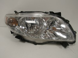 2009 2010 Toyota Corolla Passenger Rh Halogen Headlight Oem B99R - $82.45