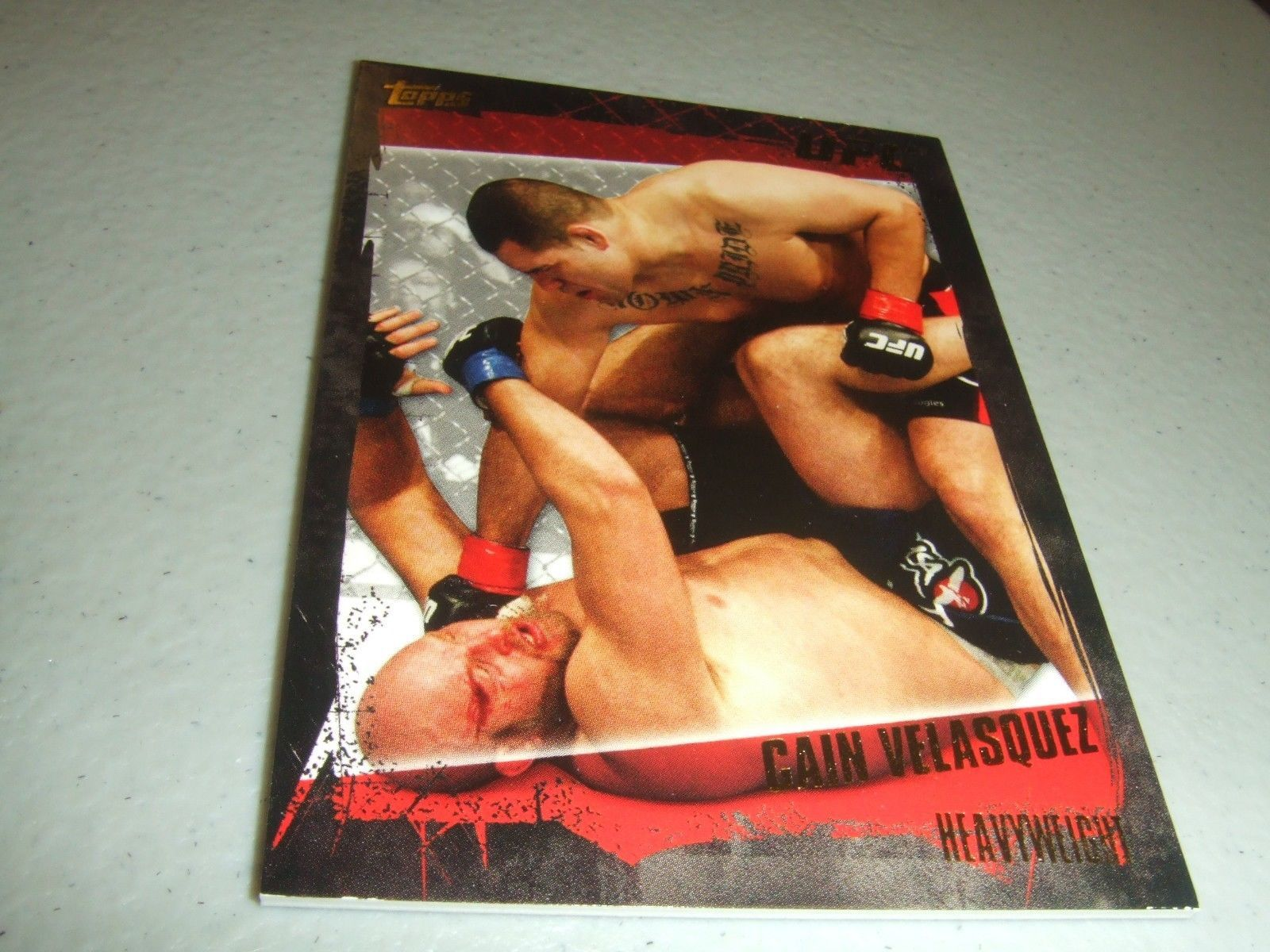 Primary image for 2010 Topps UFC Series 4 #92 GOLD Cain Velasquez