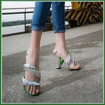 Silver Padded Mojito Swirl Wrap Open Toe Sole-less High Heel Pumps image 2