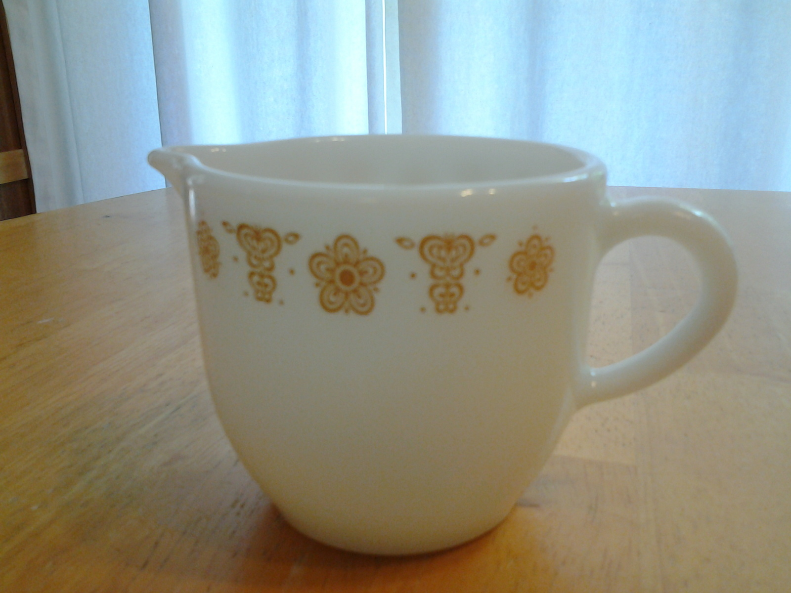 Pyrex Tableware Corning #722 Cream Pitcher Golden Butterfly 6 oz Rare Pristine & Pyrex Tableware Corning #722 Cream Pitcher and 50 similar items