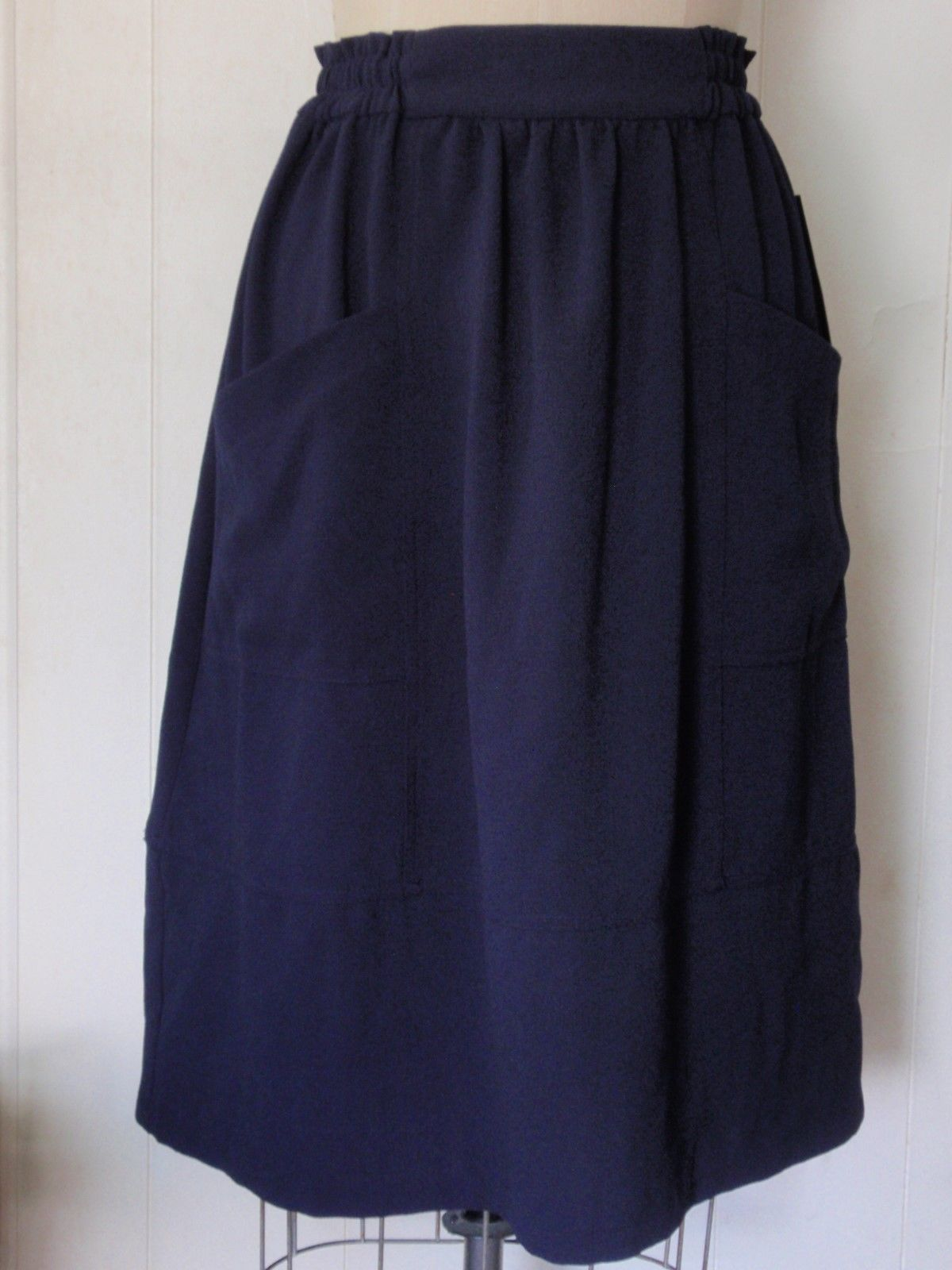 new zara polyester crepe navy blue a line pull on knee