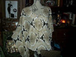 Vince Camuto Divalicious Batwing Blouse Size S - $19.80
