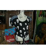 JC FITS Cool Skull Shirt Size M - $7.92