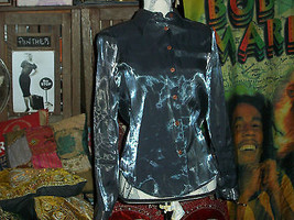 GUESS Sassy Silver Metallic Button Down Blouse Size P/S - $13.86