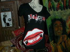 "LATIN LINGO Sharp Jet Black ""Lip Pierced""Graphic Tee Shirt Size M - $9.90"