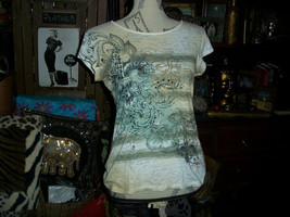 ROCK & REPUBLIC Sweet Bling Tee Size S - $8.91