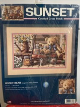 New Sunset HONEY BEAR Counted Cross Stitch Kit Dimensions 2001 Kit #13693 Sealed - $27.79