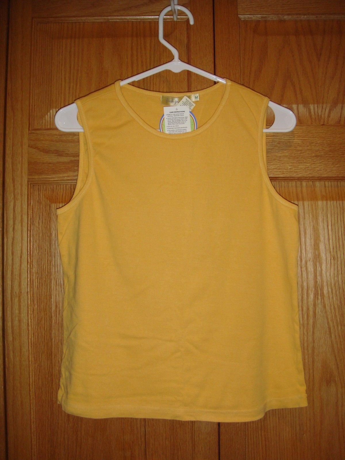 Fresh Produce Top M Saffron Shell Baby Rib NWT