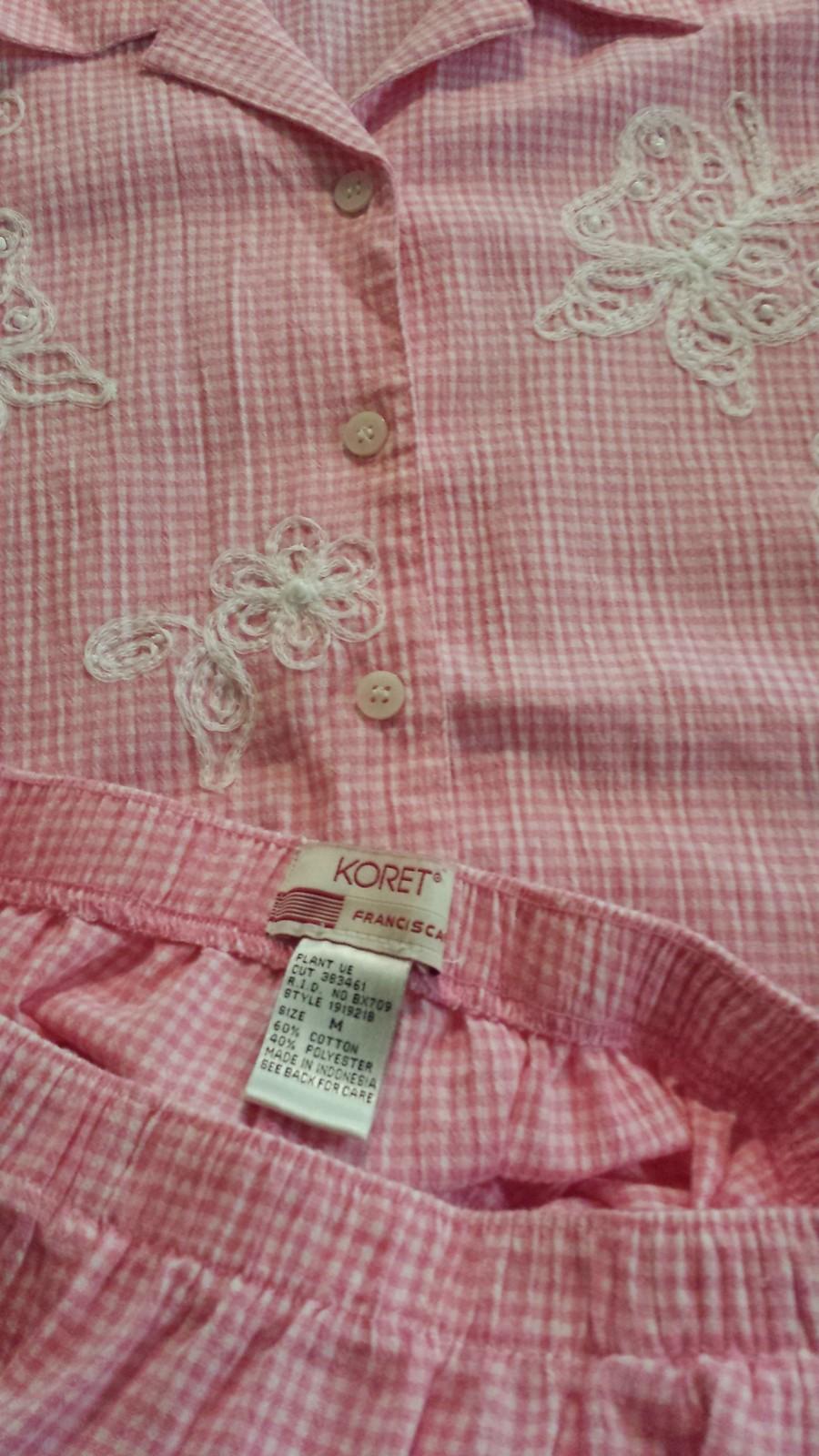 Koret Light Pink Butterfly & Flowers Blouse Womans Outfit M Medium Elastic Capri