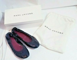 Marc Jacobs Black Leather Ballet Flats Size 9.5 M with felt dust bag and box - $97.99