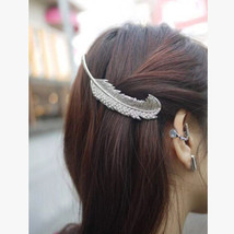 Fashion Feather hair clip with crystals vintage... - $8.99
