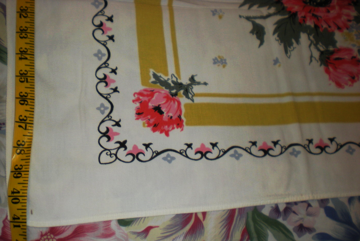 Tablecloth (41 X 42)  image 4