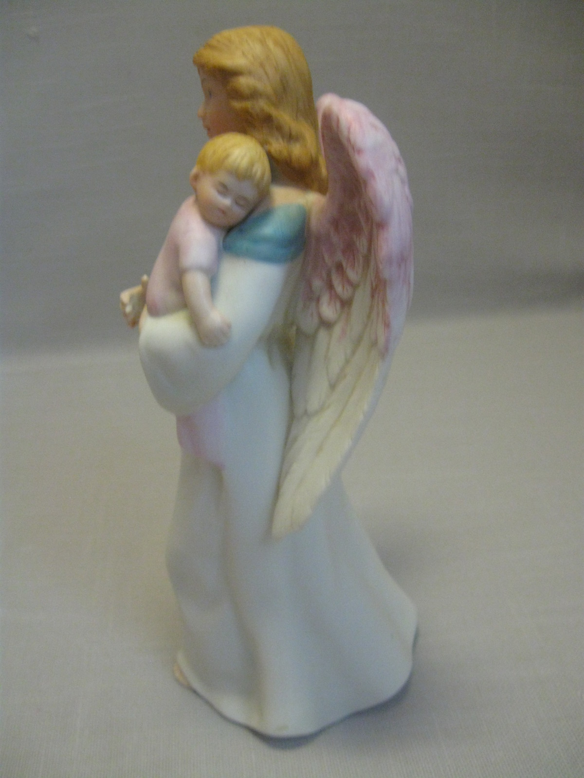 Bisque porcelain homco figurine statue angel holding baby Home interiors figurines homco