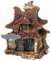 """Boyds Bearly Built Villages """"Madges Beauty Salon & Bait Shop"""" #19010-1E-NIB-2000 - $29.99"""