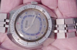 Benrus Vintage Men's Watch Silver-Tone /parts or repair New Battery WR - $39.60