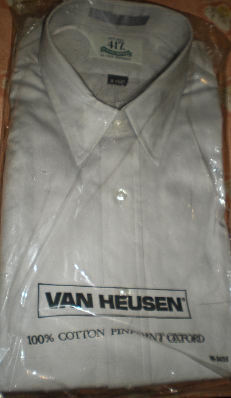 Men Shirt Size 16  Sleeve 34/35 Van Heusen