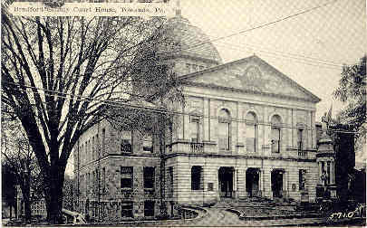 Primary image for Bradford County Court House and Cannons Towanda Penna  Post Card
