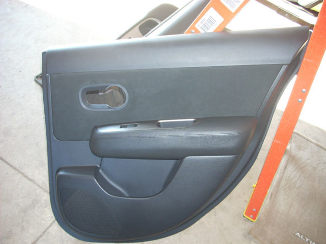 1803 rt rear door