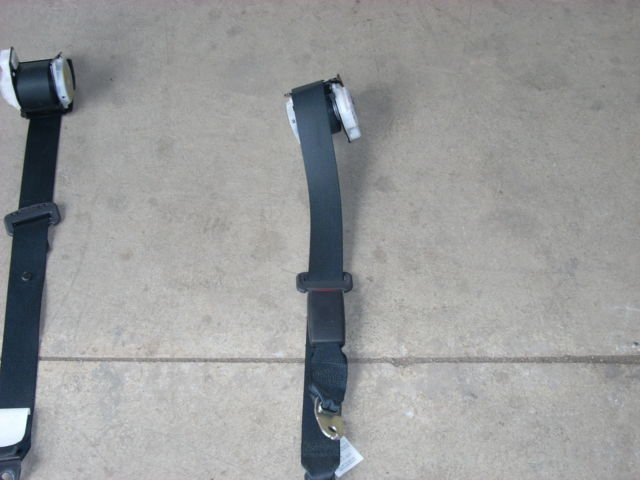 1776 rt rear seat belt