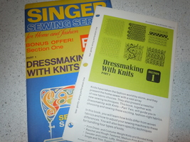 Vintage Singer Sewing Series Dressmaking With Knits Part 1 Dated 1972 - $2.99