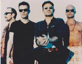 U2 Bono MM27 GH Vintage 8X10 Color Music Memorabilia Photo - $6.99