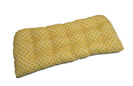 Indoor / Outdoor Tufted Wicker Loveseat Cushion - Yellow Geometric Hockley - €40,82 EUR