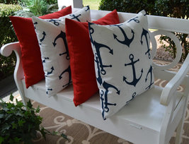 "Set of 4 - In / Outdoor 20"" Solid Red & White w/ Navy Blue Anchors Throw... - €57,16 EUR"