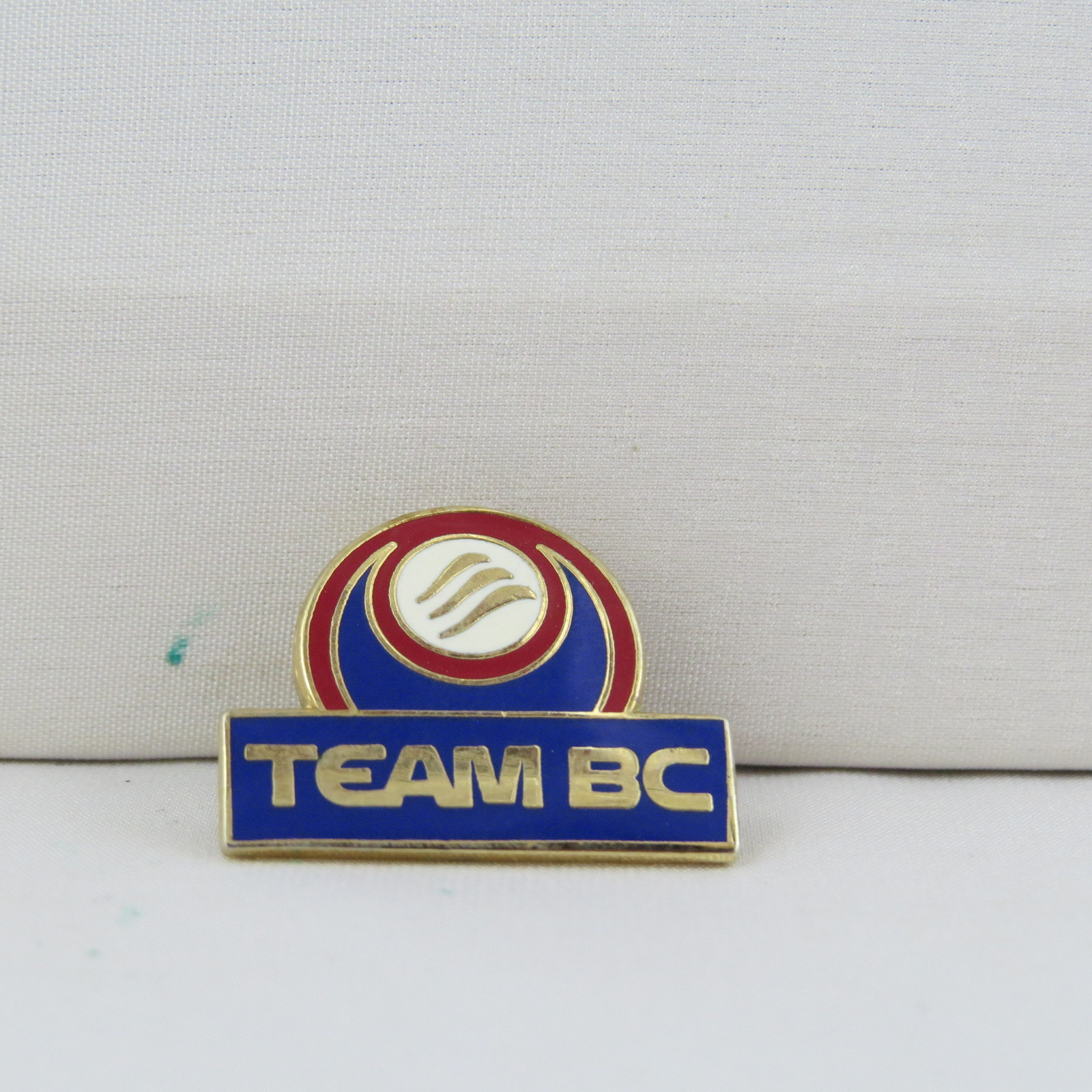 Primary image for Juex Canada Winter Games Pin - 2007 Whitehorse Yukon - BC Curling Pin