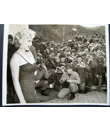MARILYN MONROE (ORIGINAL VINTAGE 1954 PHOTO) ENTERTAINS THE TROOPS IN KO... - $1,188.00