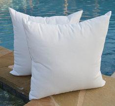 "Set of 2 - Indoor / Outdoor 22"" Premium White Outdura Fabric Throw Pillows - £50.02 GBP"