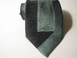 IRVINE PARK Neck Tie. Green Abstract Design. 100% SILK SOIE SETA. - $11.47