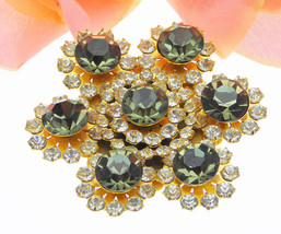 Beautiful Green And Clear Vintage Brooch In Gold Tone Setting - $14.95