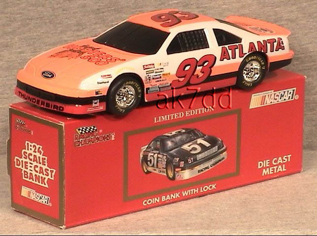 NASCAR 1993 RACING CHAMPION 1:24 DIE CAST BANK #93 HOOTER'S MIB