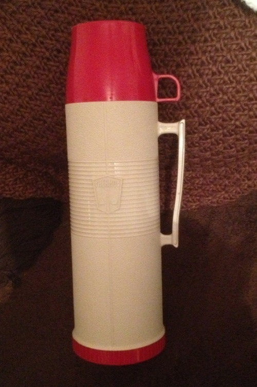 Primary image for Vintage Thermos Model #2402 Quart Size Red & Beige