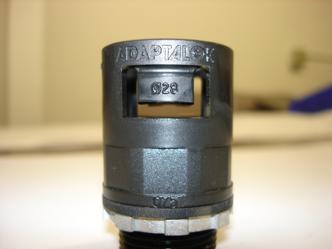 Adaptalok straight One Piece Push-On Liquid Tight Fittings AL28-075-A