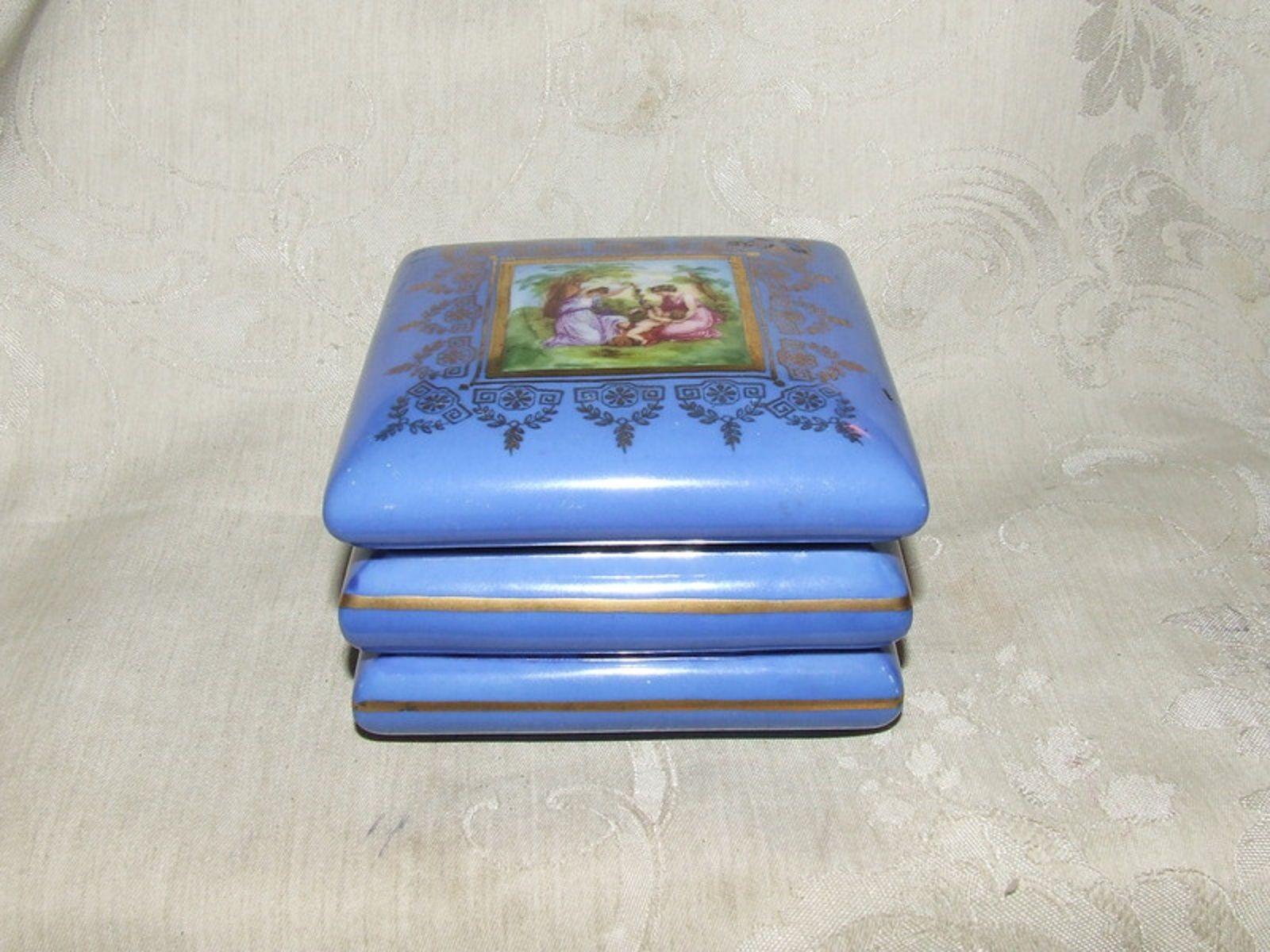 1918 Victoria Czechoslovakia Powder Blue Trinket Box Angelica Kauffman Transfer