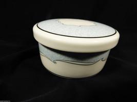 Wedgwood Venice White Fine Porcelain Blue & Silver Round Trinket Box - $21.78
