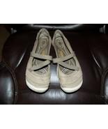 KEEN Rivington II MJ Cnx Hiking Shoe 1016617 Texas Sand SIZE 8 Women's - $40.50
