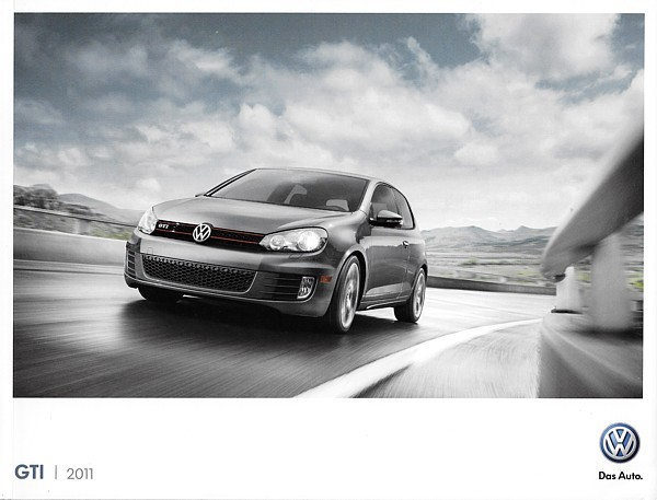 2011 Volkswagen GTI sales brochure catalog US 11 VW 2.0T