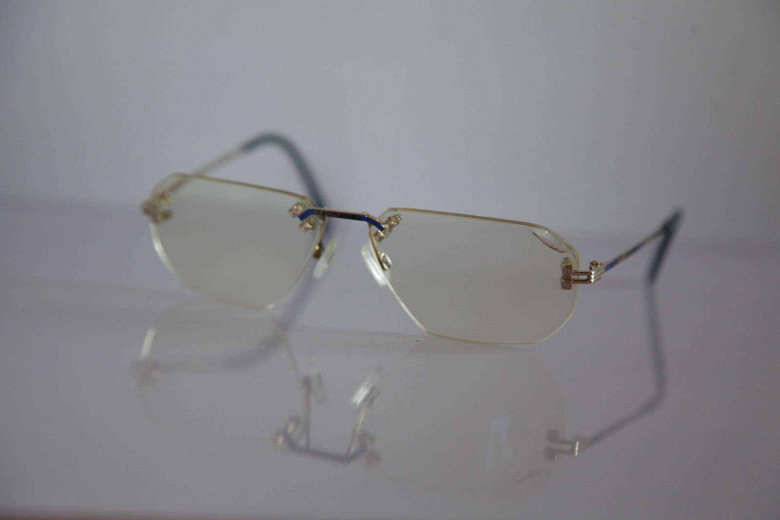 COLLECTION 2000 Eyewear, Gold Rimless Frame,  RX-Able Prescription Lens. GERMANY