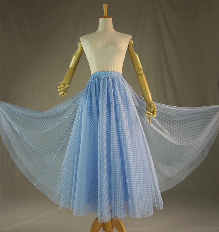Tulle skirt blue plaid 1
